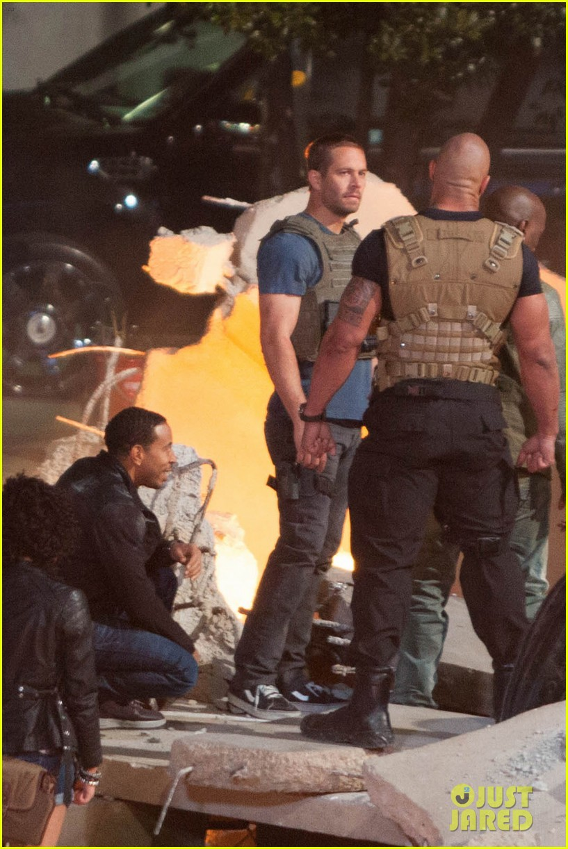 http://cdn03.cdn.justjared.com/wp-content/uploads/2013/11/walker-last/paul-walker-last-movie-filmed-fast-furious-7-this-month-01.jpg