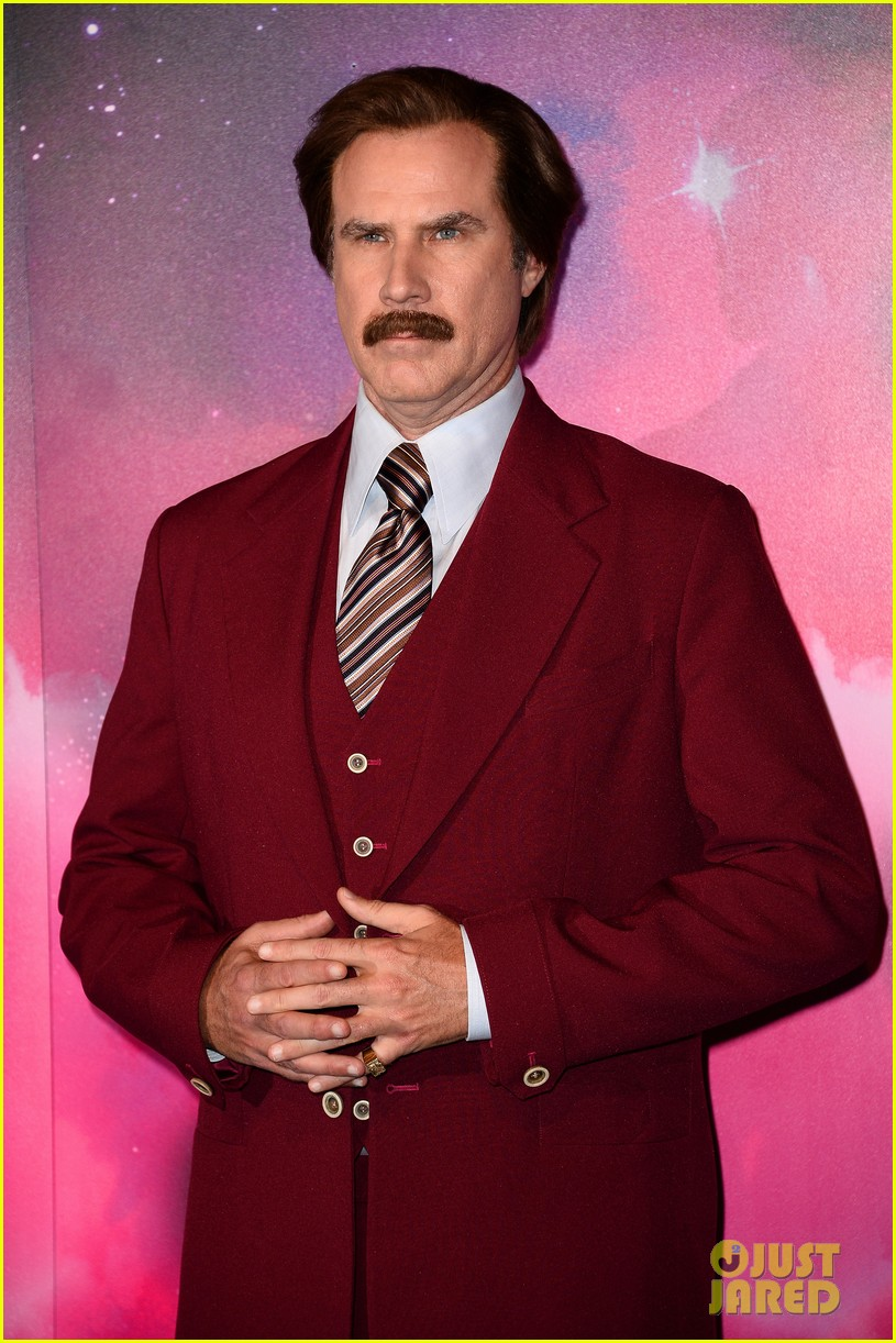 will ferrell as ron burgundy mtv ema 2013 red carpet 03