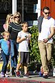 reese witherspoon jim toth grab pre thanksgiving lunch 16