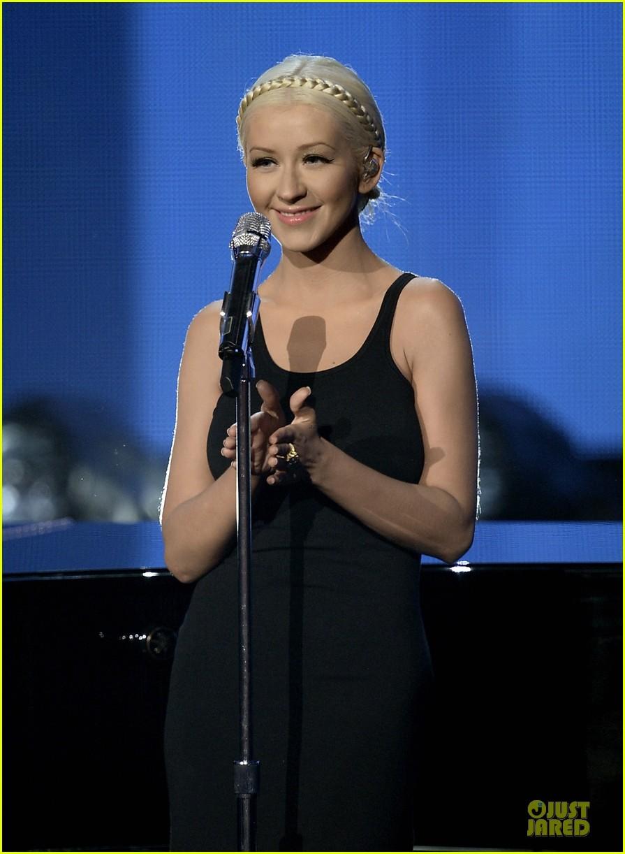 Christina Aguilera Amp A Great Big World Say Something