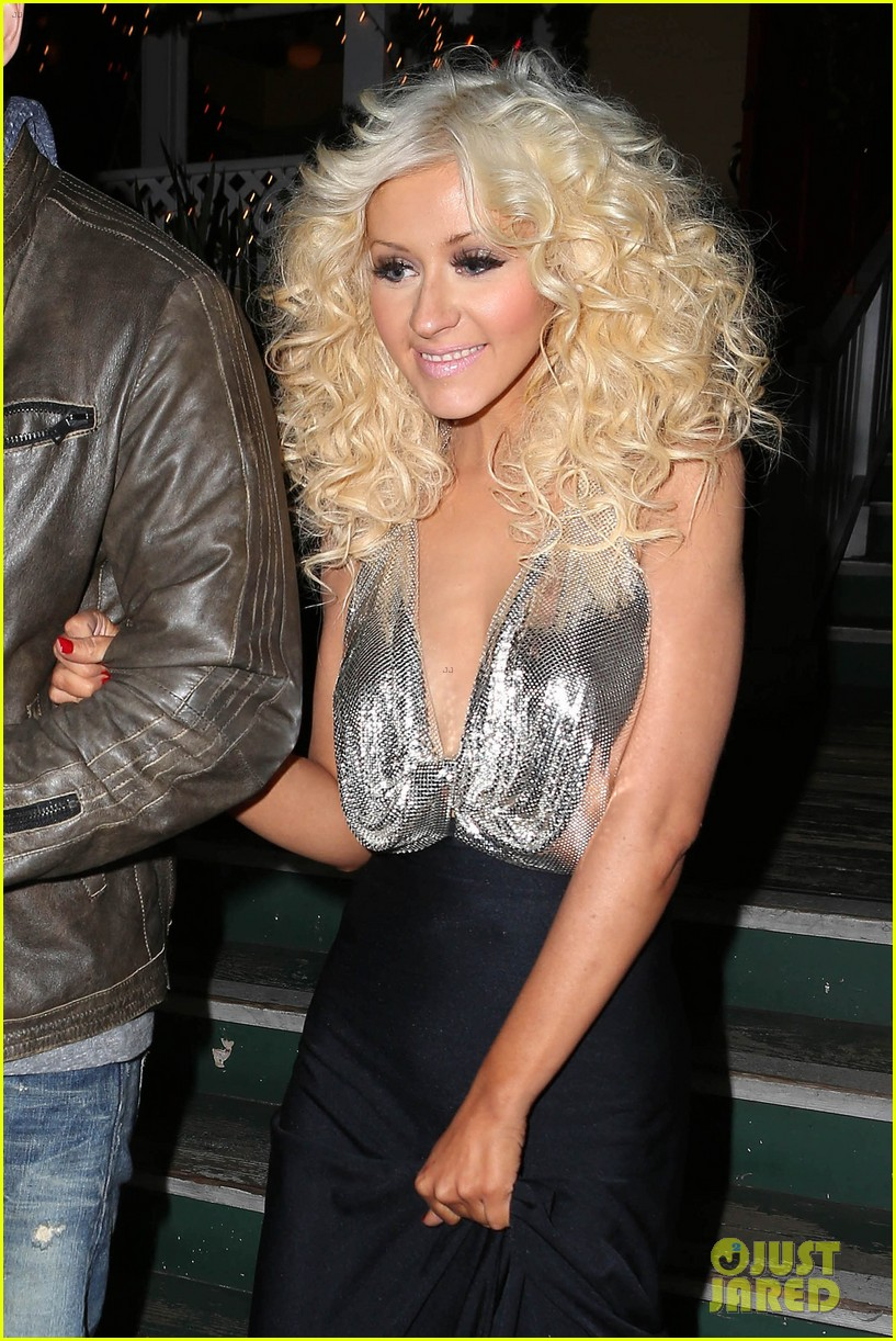 christina aguilera matthew rutler off vine dinner after the voice finale 013014050