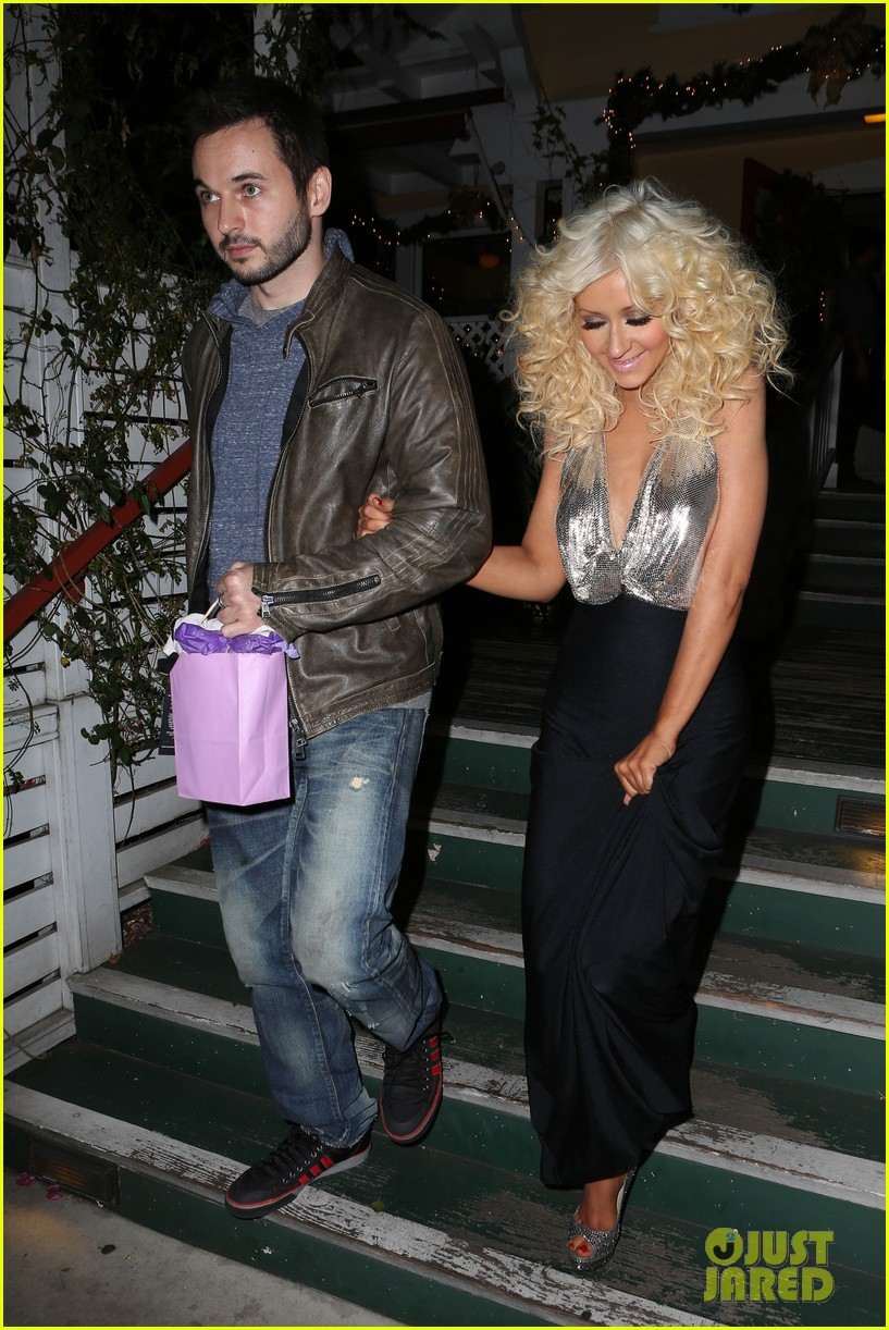 christina aguilera matthew rutler off vine dinner after the voice finale 043014053