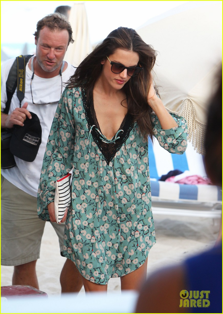 alessanda ambrosio rocks bikini after kio press day 073007530
