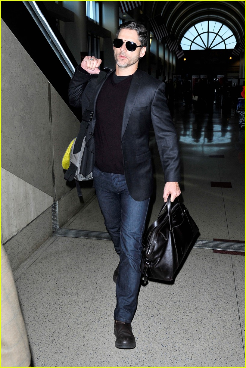 eric bana lax departure after lone survivor promo 043008747