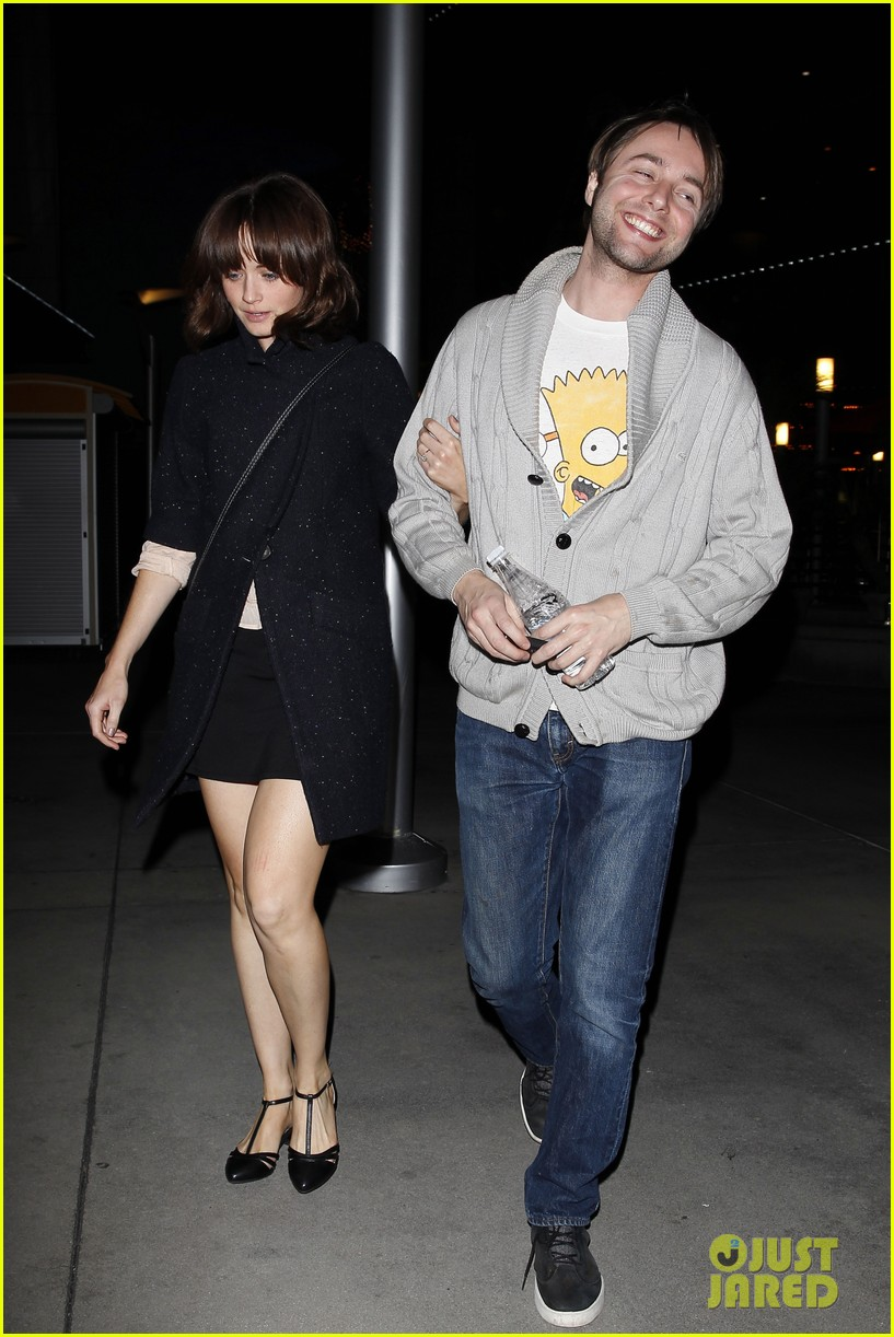 alexis bledel movie date with fiance vincent kartheiser 033003379