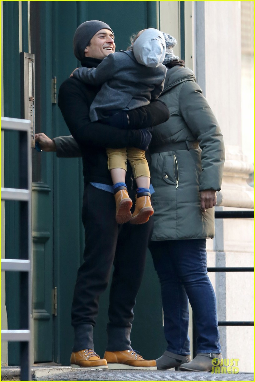 orlando bloom flynn beanie matching father son duo 20