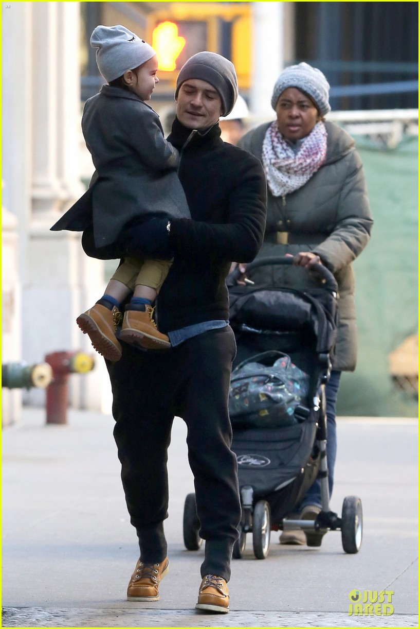 orlando bloom flynn beanie matching father son duo 283013202