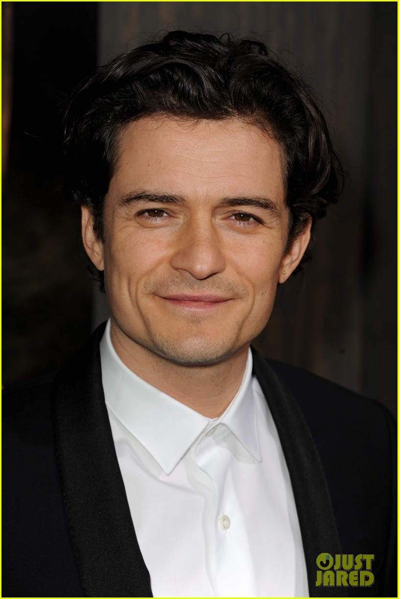 orlando bloom evangeline lilly hobbit hollywood premiere 04