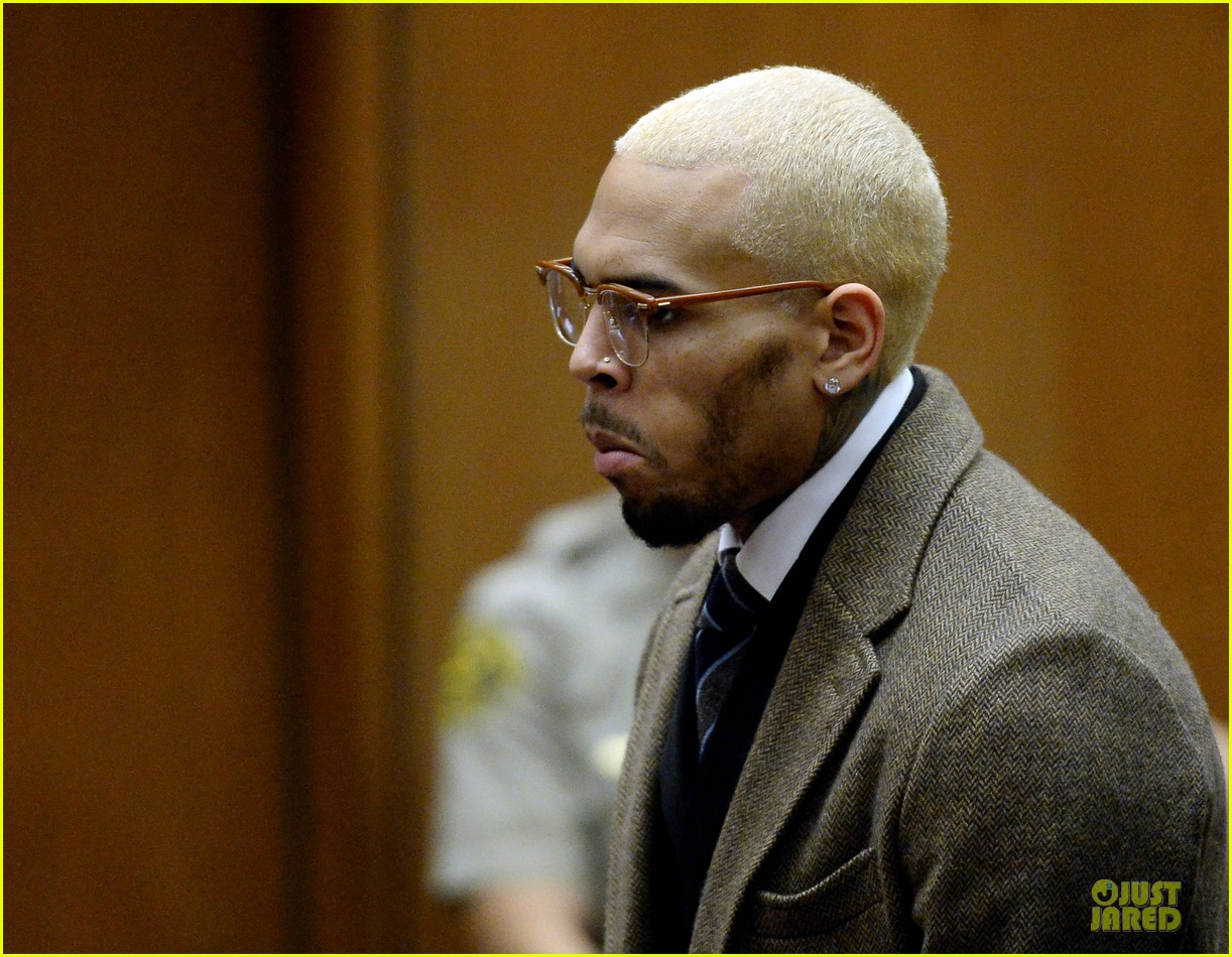 chris brown probation revoked over october arrest 063013264