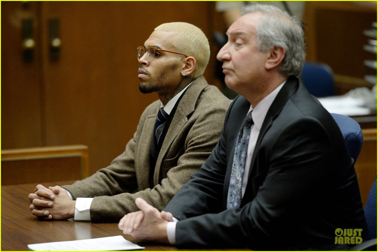 chris brown probation revoked over october arrest 093013267