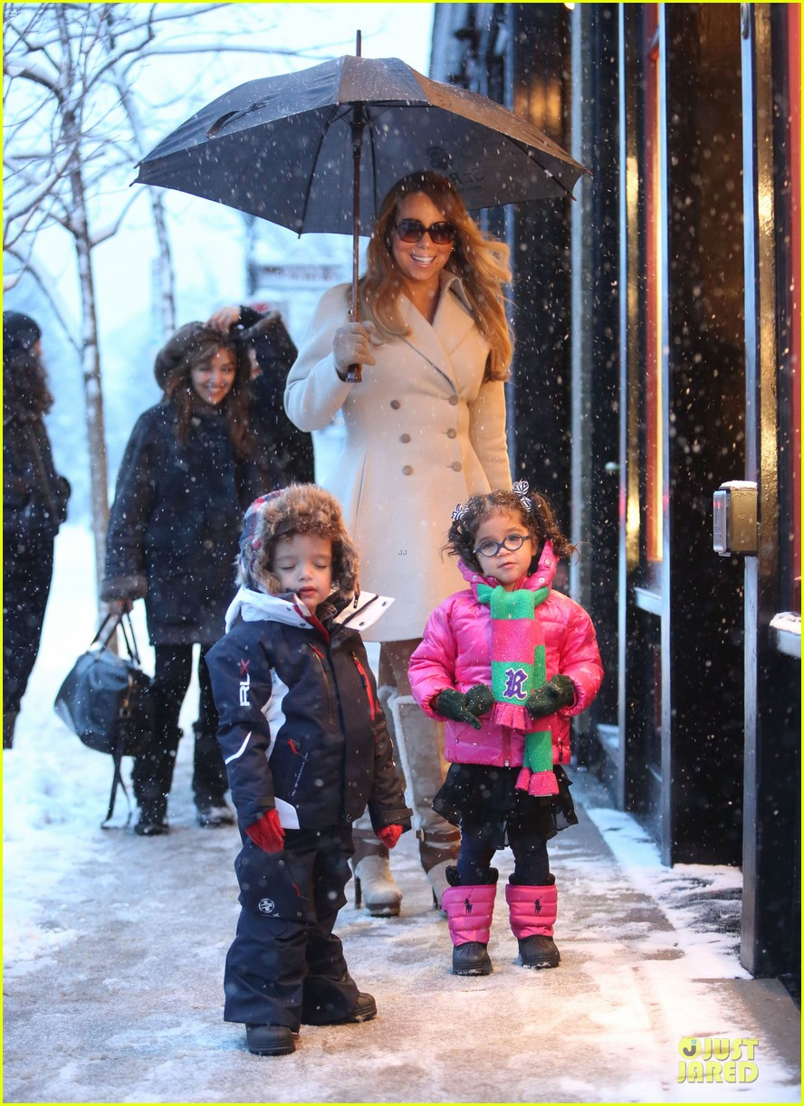 mariah carey snowy aspen shopping with the twins 12
