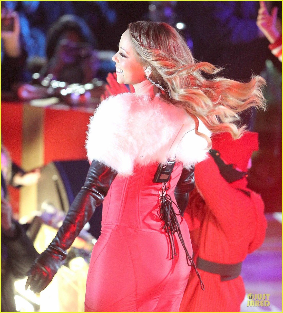 mariah carey rockfeller center christmas tree lighting 2013 performer 09