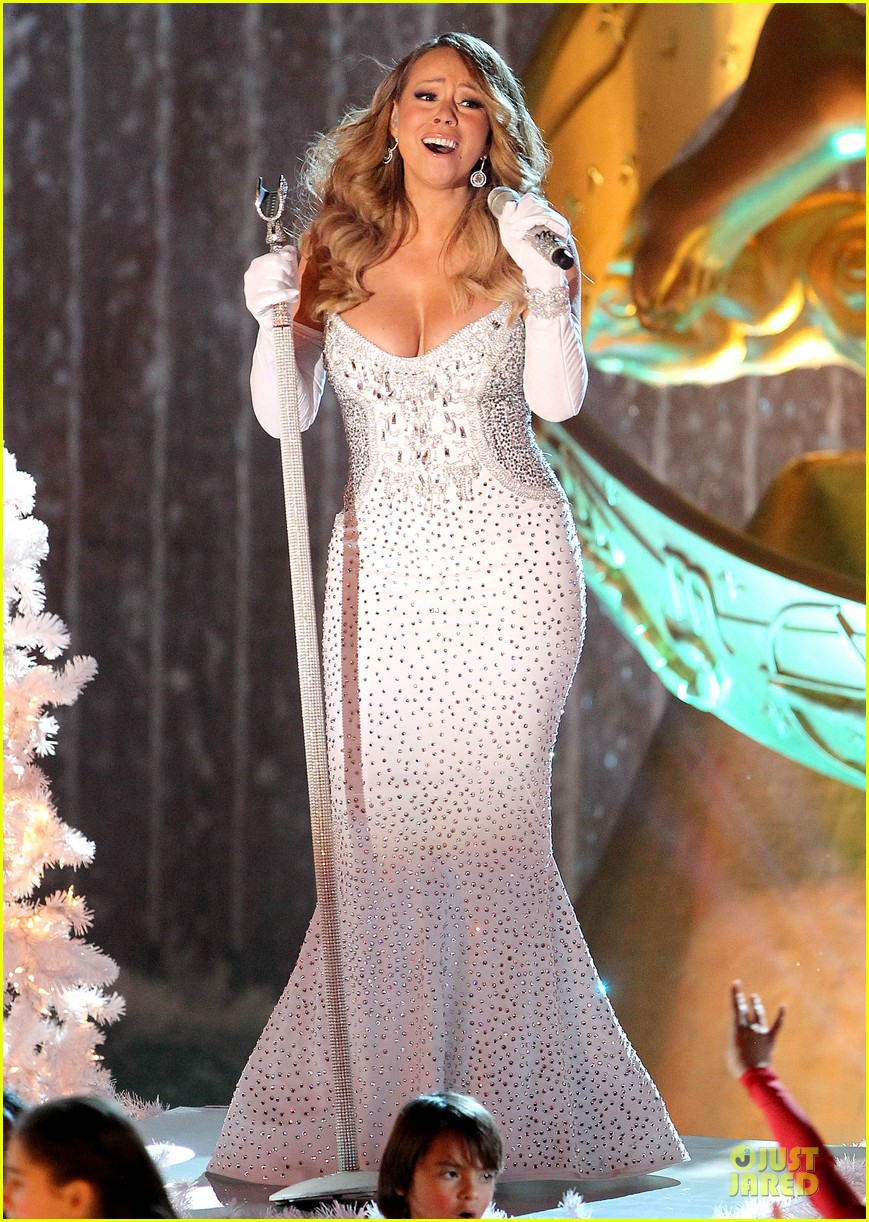 mariah carey rockfeller center christmas tree lighting 2013 performer 30