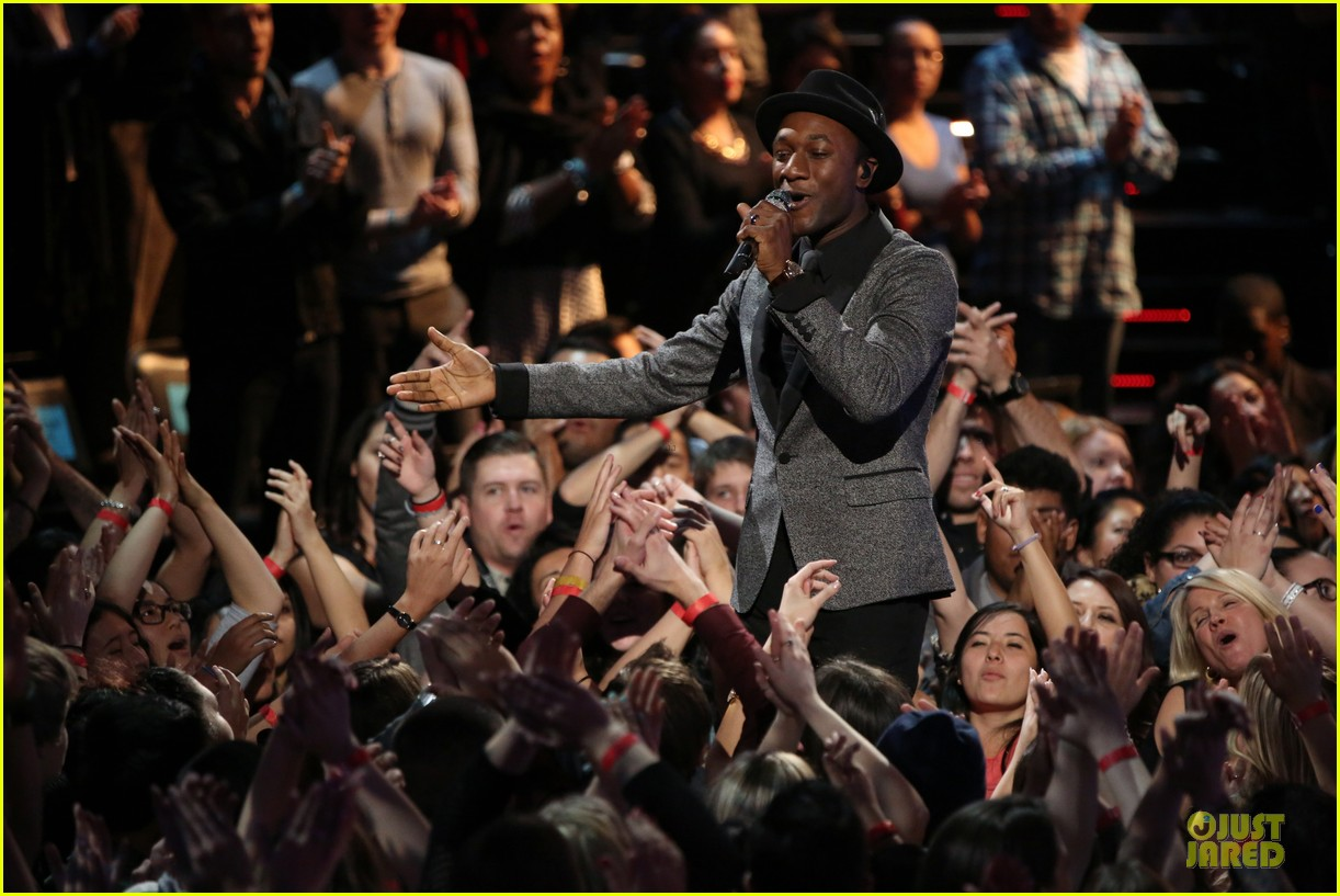 will champlin aloe blacc the voice performance video 02