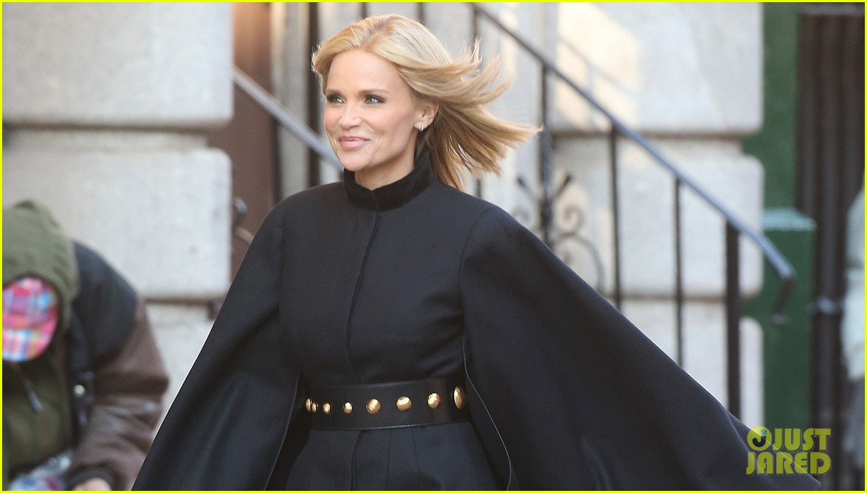 kristin chenoweth makes fashion statement at photo shoot 03