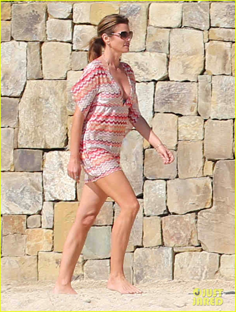 cindy crawford bikini cover up cabo beach party 03