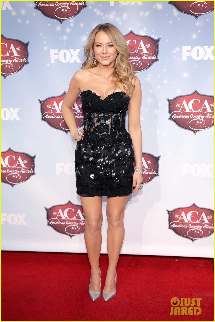 jewel sheryl crow acas 2013 red carpet 013009304