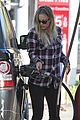 kaley cuoco we feel honored for big bang theory cast nods 04