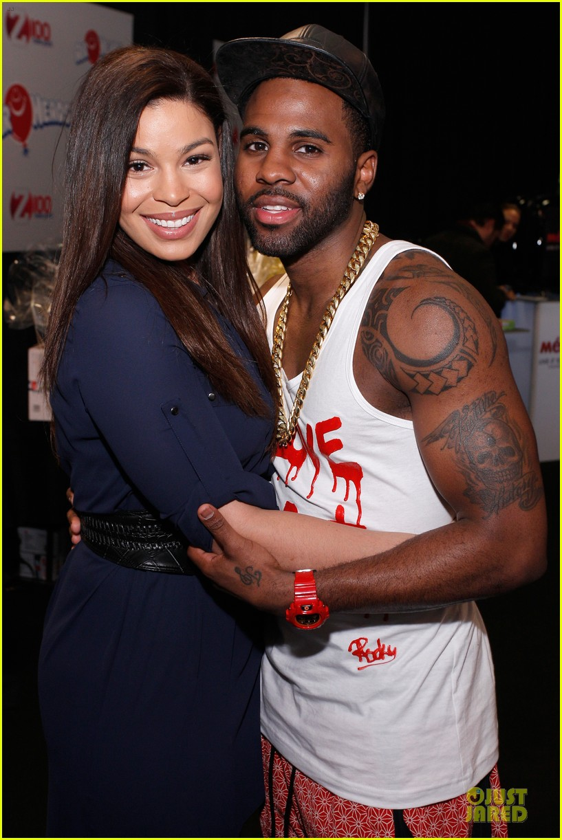 jason derulo backstage massage from jordin sparks at z100 jingle ball 2013 exclusive 10