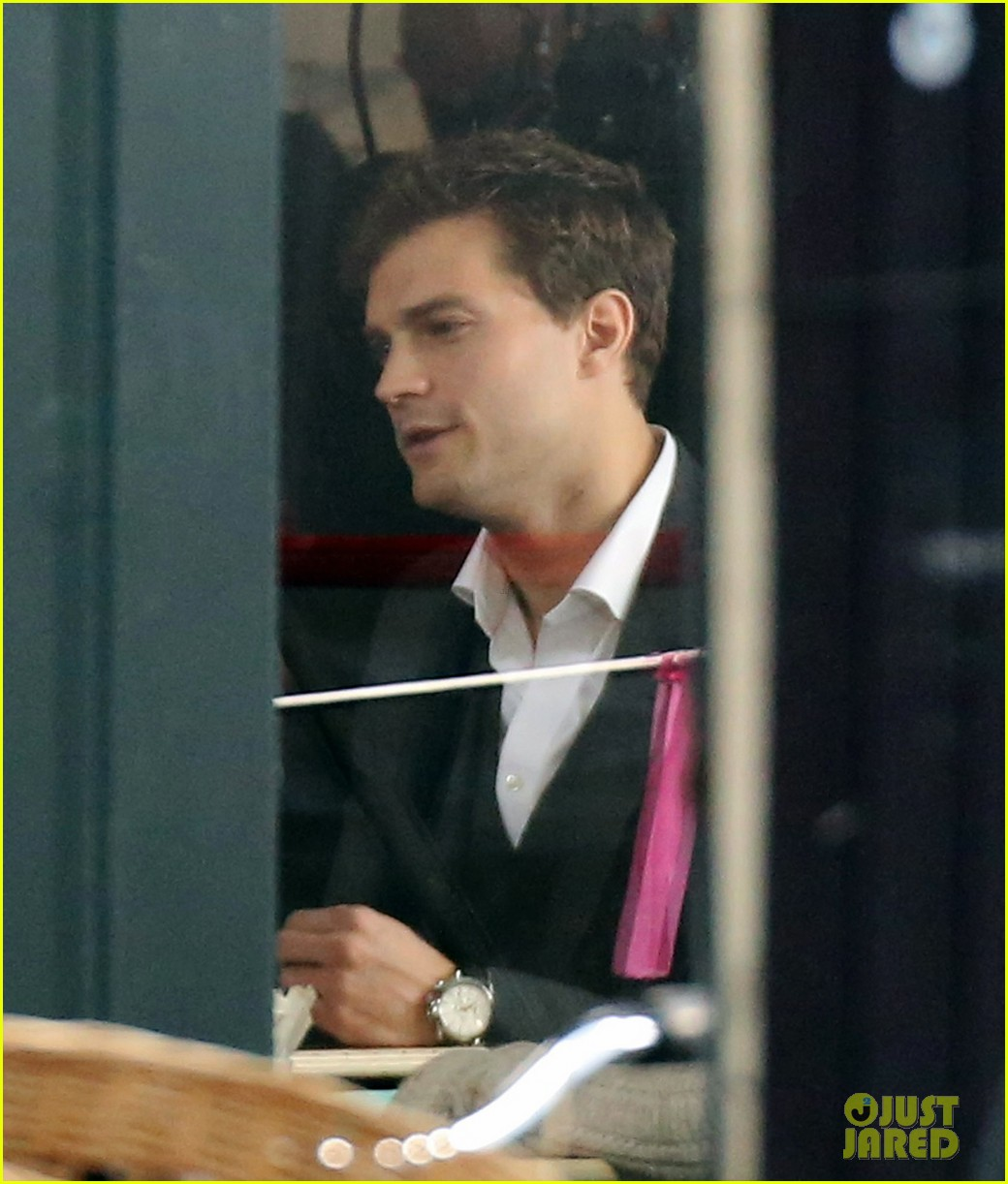 jamie dornan filming fifty shades of grey first photos on set 053002965
