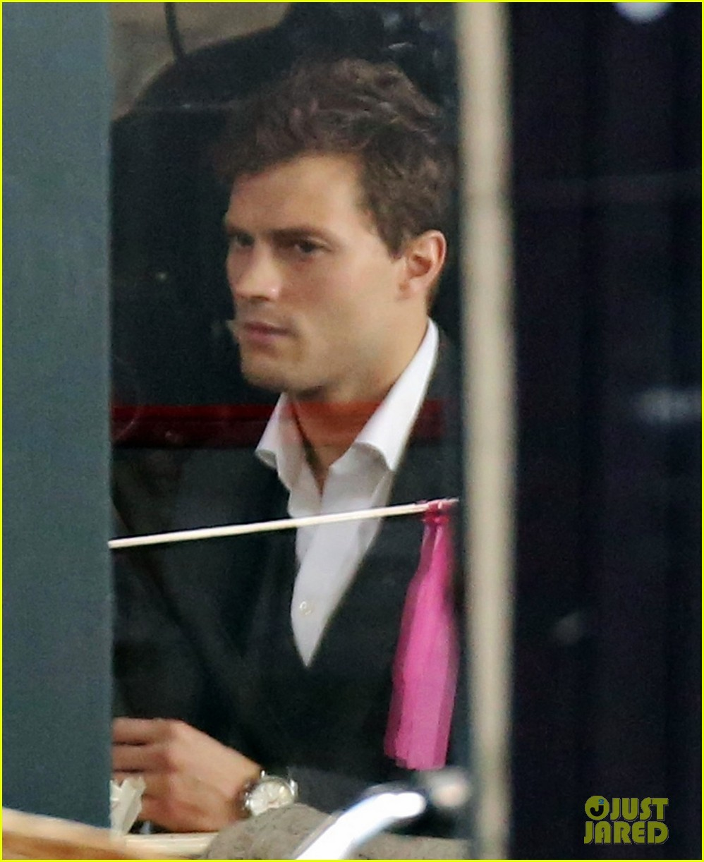 jamie dornan filming fifty shades of grey first photos on set 143002974