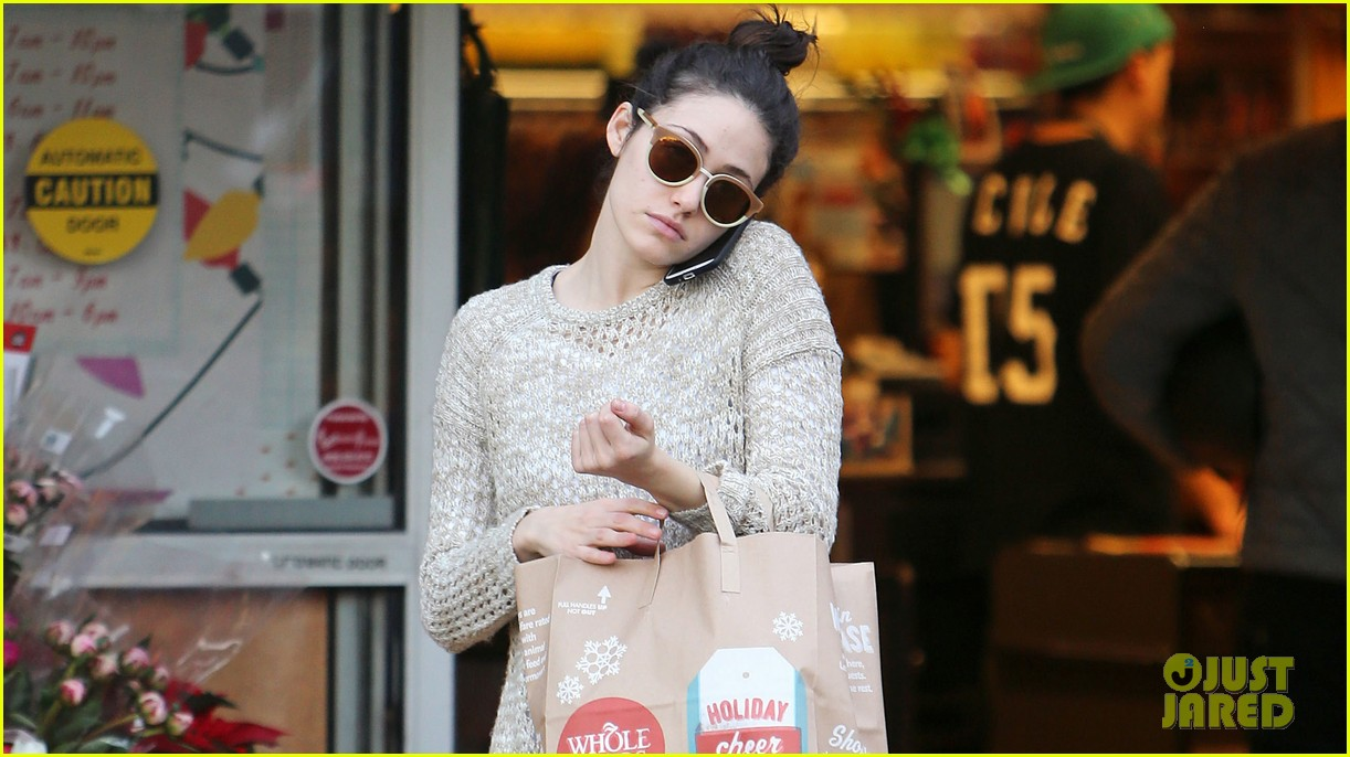 emmy rossum lazy catch up day with justin chatwin 04