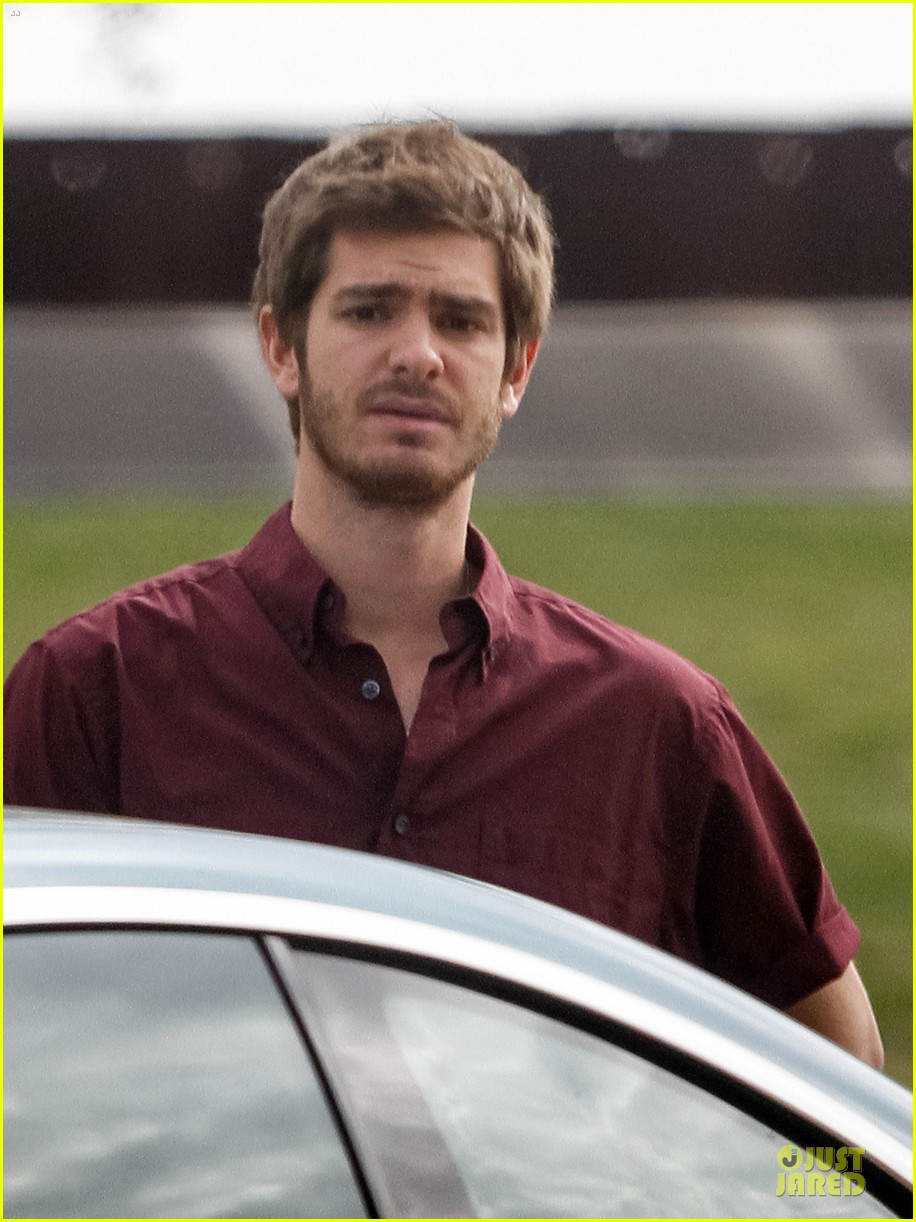 andrew garfield 99 homes set with michael shannon 093004437