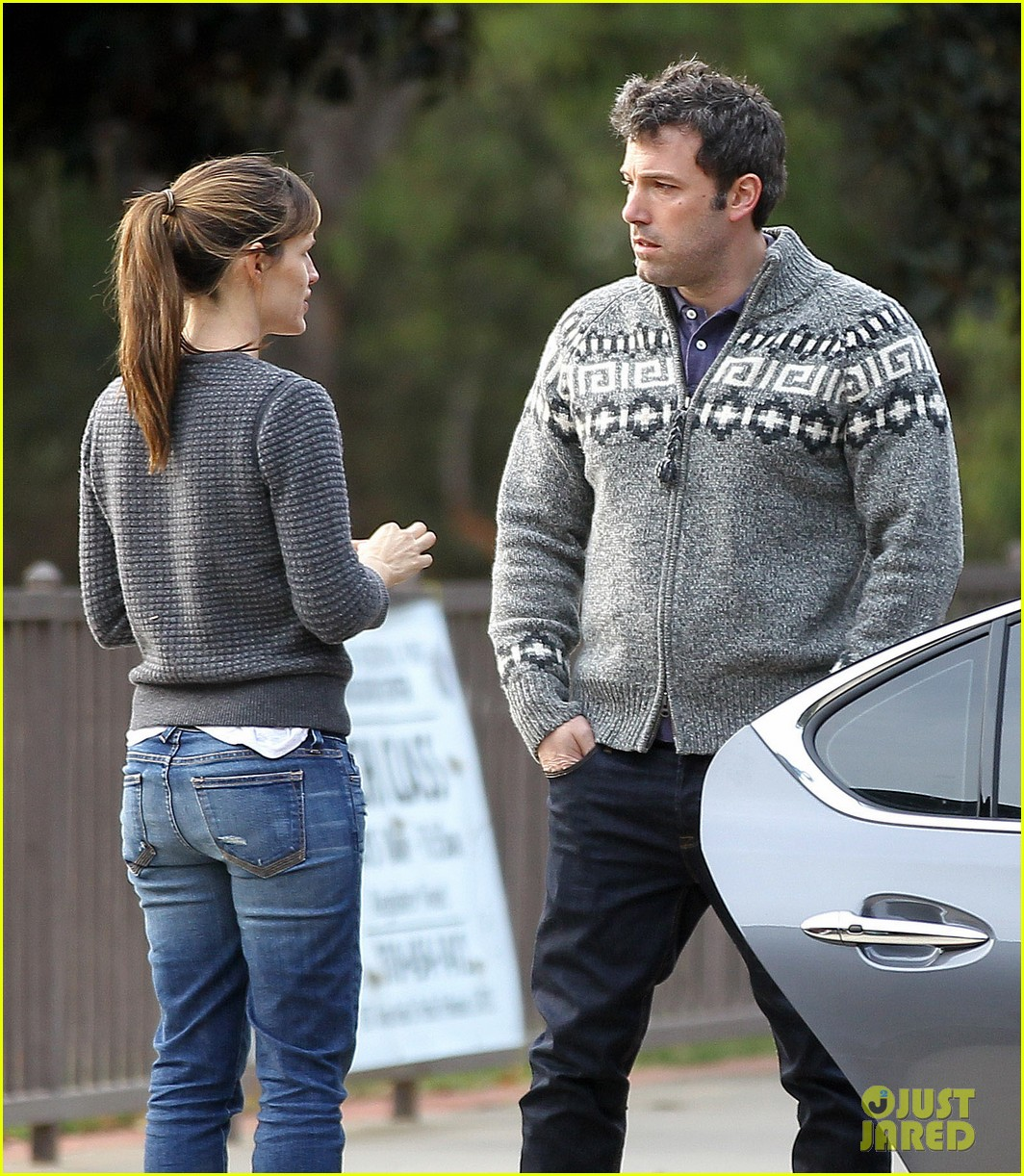 jennifer garner ben affleck sunday park day with the kids 183008339