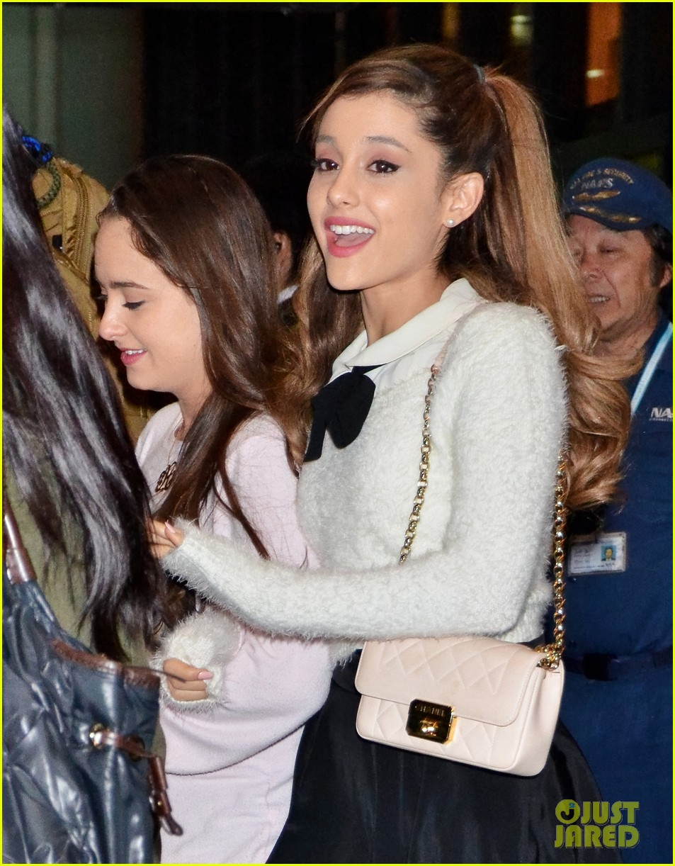 ariana grande touches down in japan before new years eve 013020364