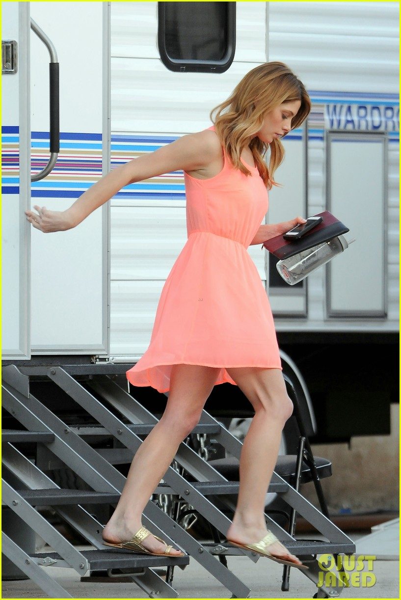 ashley green wears little pink dress for burying the ex 083005574