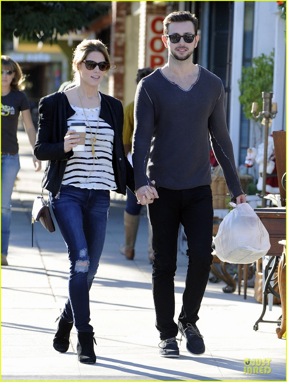 ashley greene paul khoury romancing the bean date 09