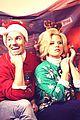 megan hilty reveals all of her awkward christmas photos 03