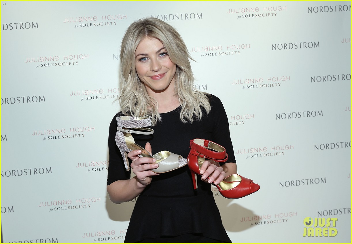 Full Sized Photo of julianne hough glamorizes qvs ffany shoes on