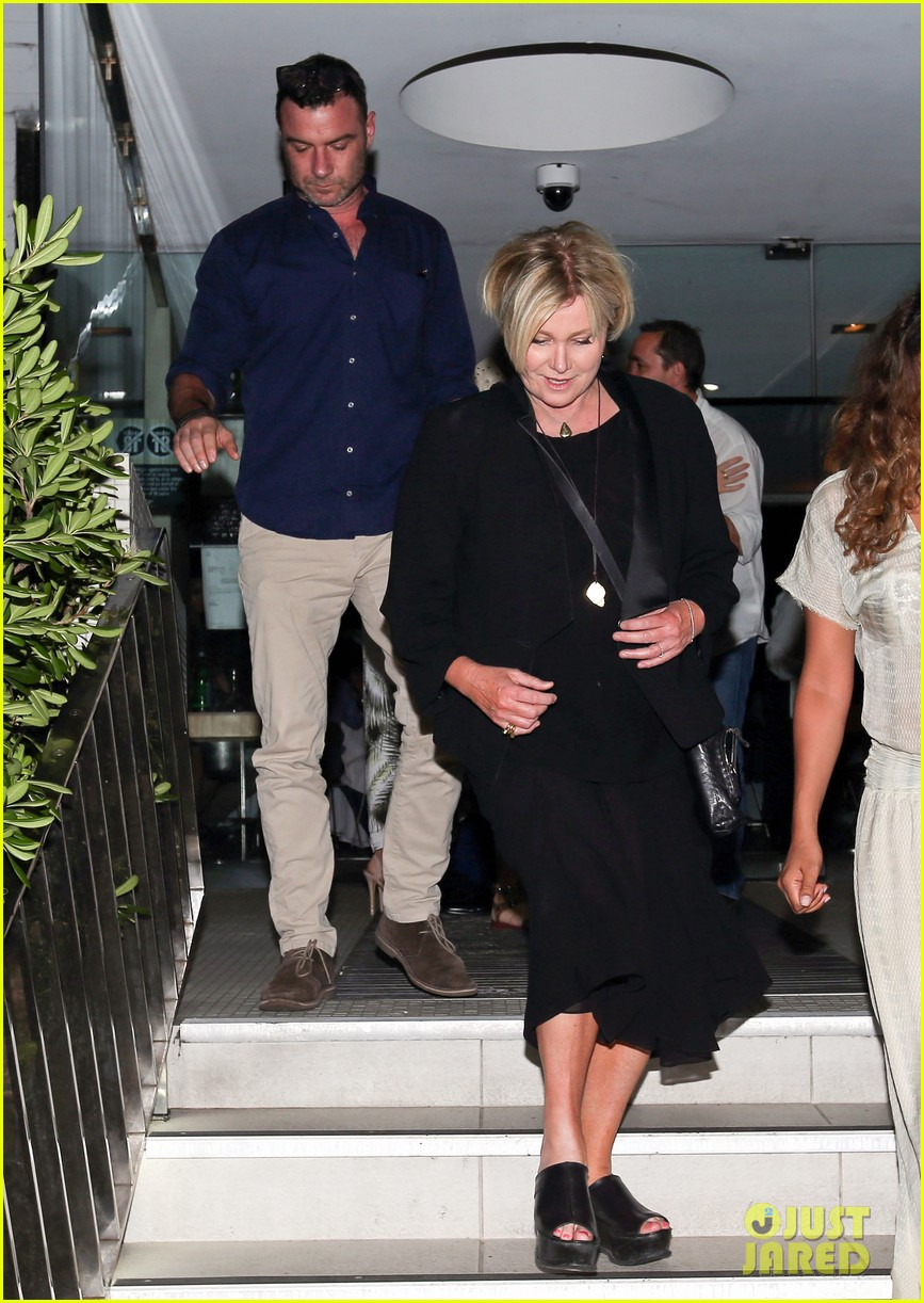 hugh jackman naomi watts their spouses enjoy dinner together in sydney 01