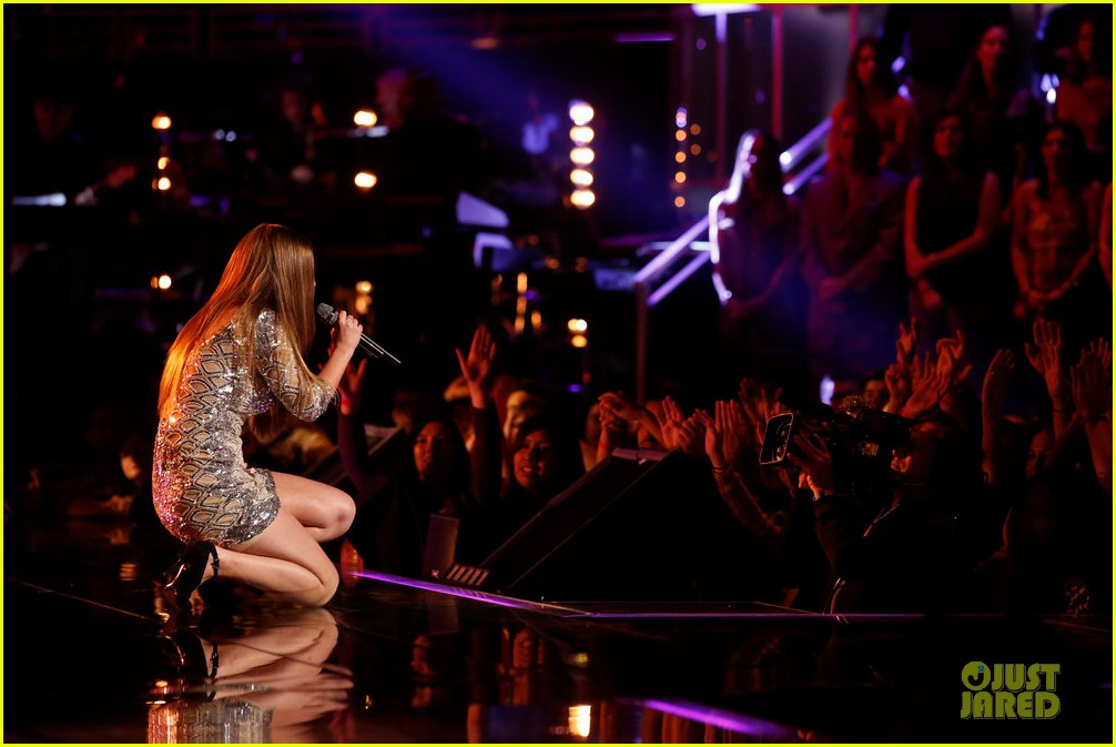 jacquie lee the voice finale performances watch now 133013368