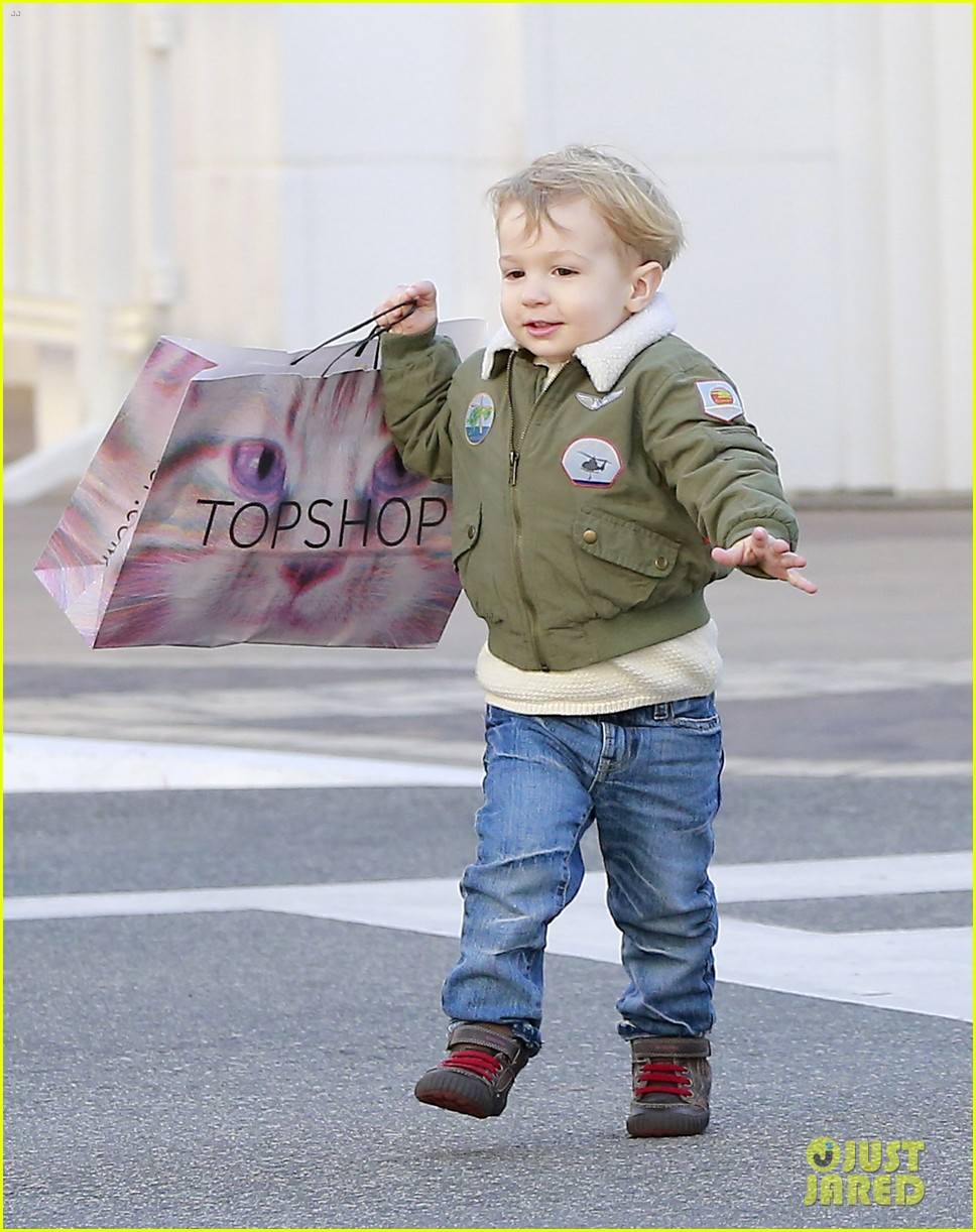 january jones takes xander to meet santa claus 223007075