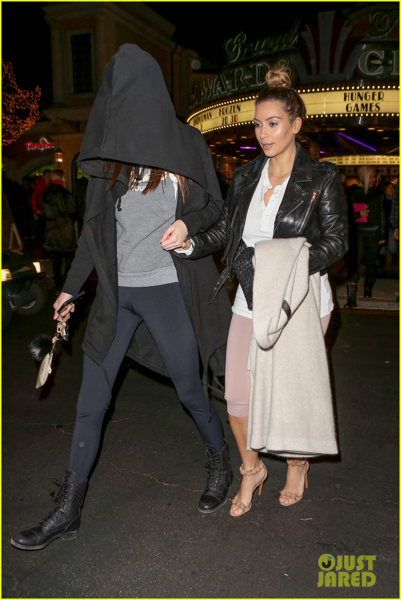 kim kardashian kanye west anchorman 2 with the family 11