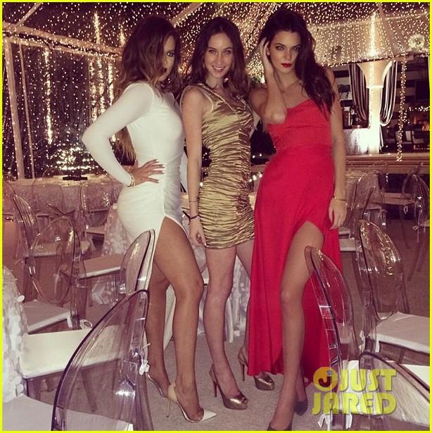 kim kardashian kanye west kardashian christmas party 2013 05
