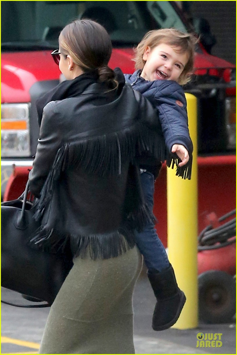 miranda kerr new years eve helicopter ride with flynn 04