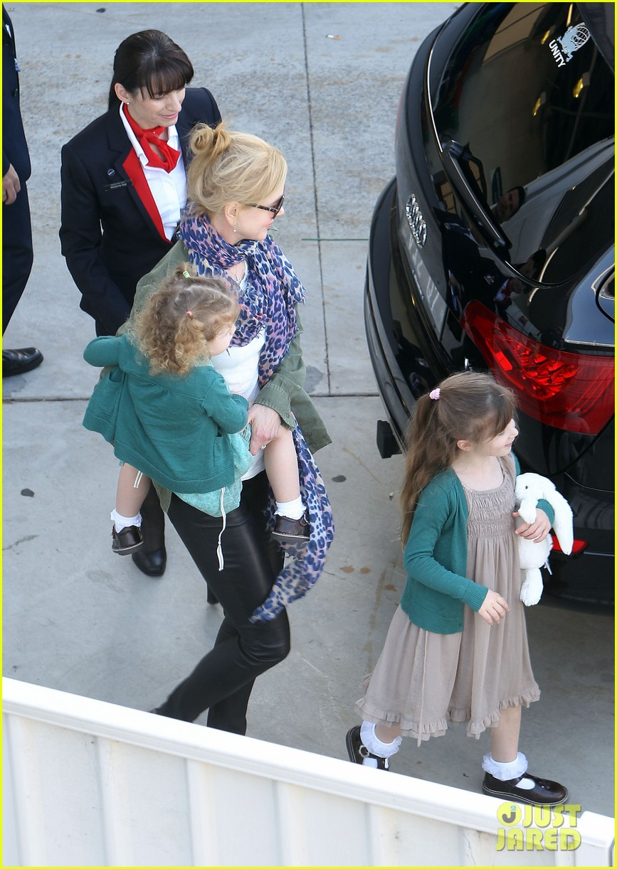 nicole kidman australia arrival with faith sunday 29