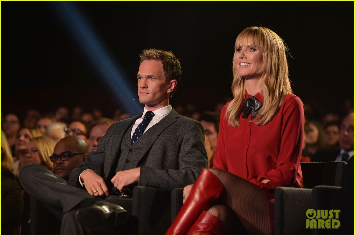 heidi klum neil patrick harris under the gunn finale fashion show 01