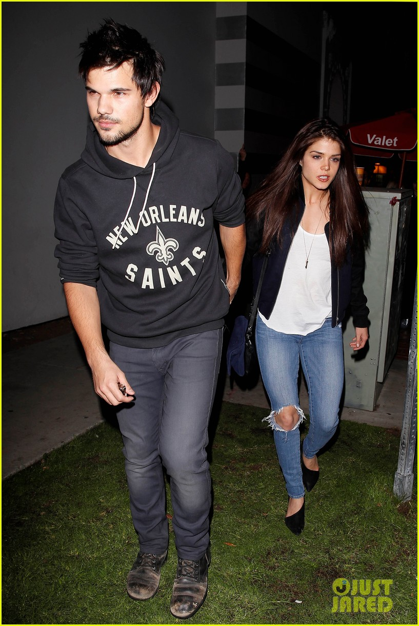 taylor lautner marie avgeropoulos acabar dinner date duo 01