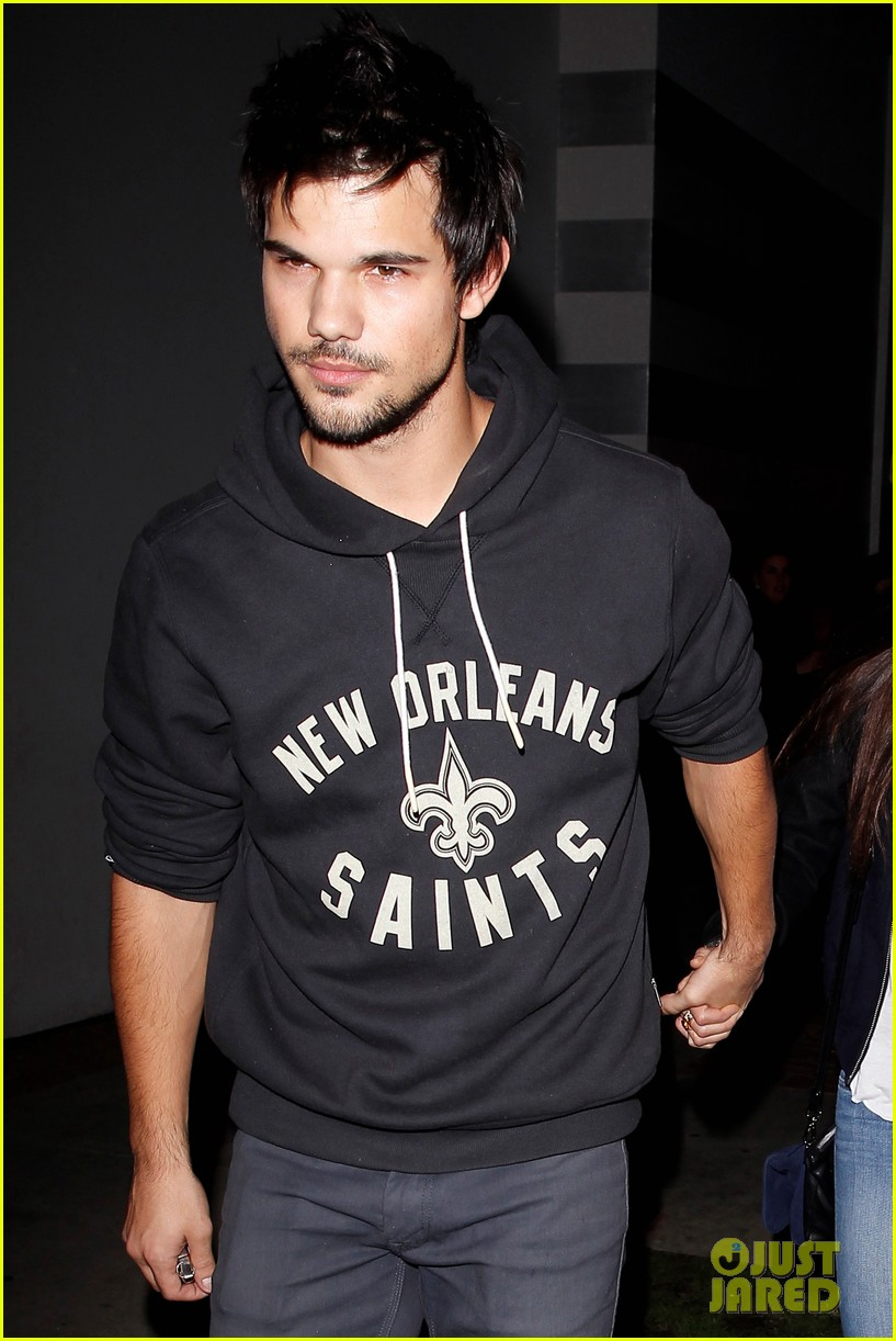 Taylor Lautner & Marie Avgeropoulos Hold Hands After Date Night