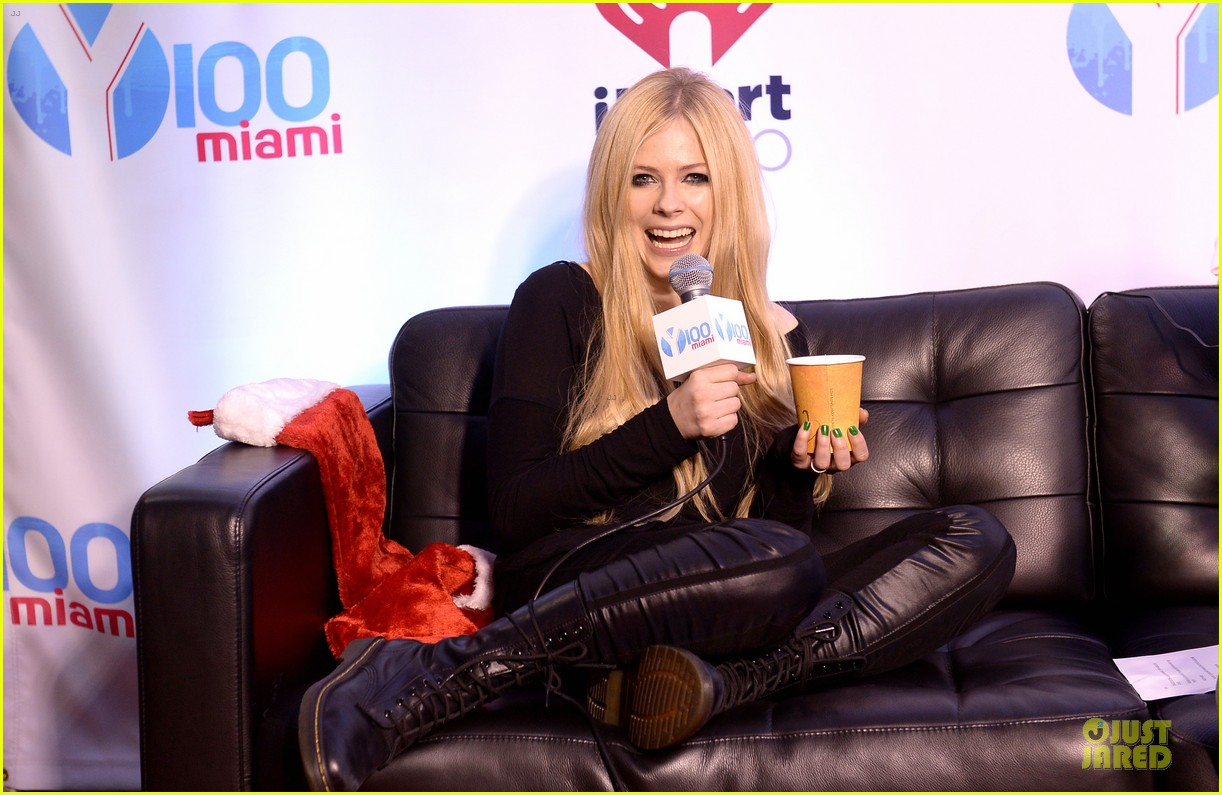 avril lavigne chad kroeger y100 jingle ball 2013 pair 063015630