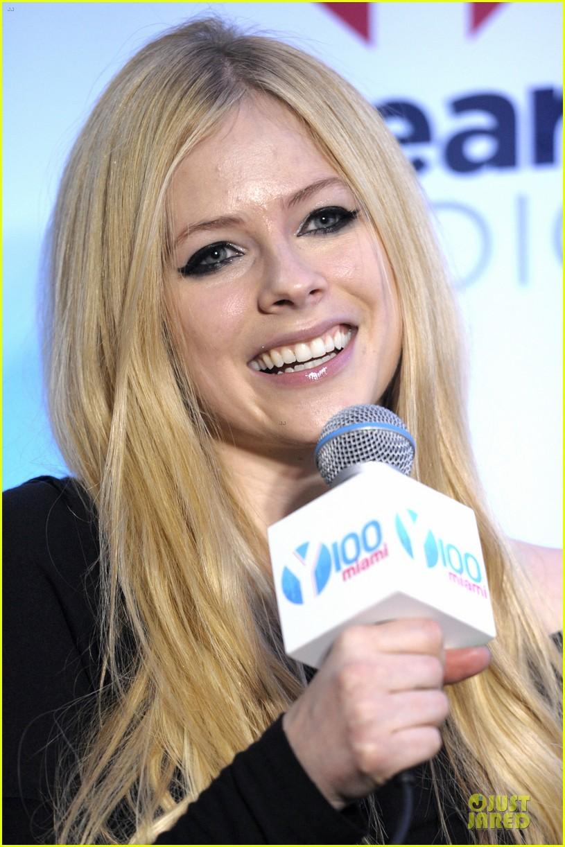 avril lavigne chad kroeger y100 jingle ball 2013 pair 103015634