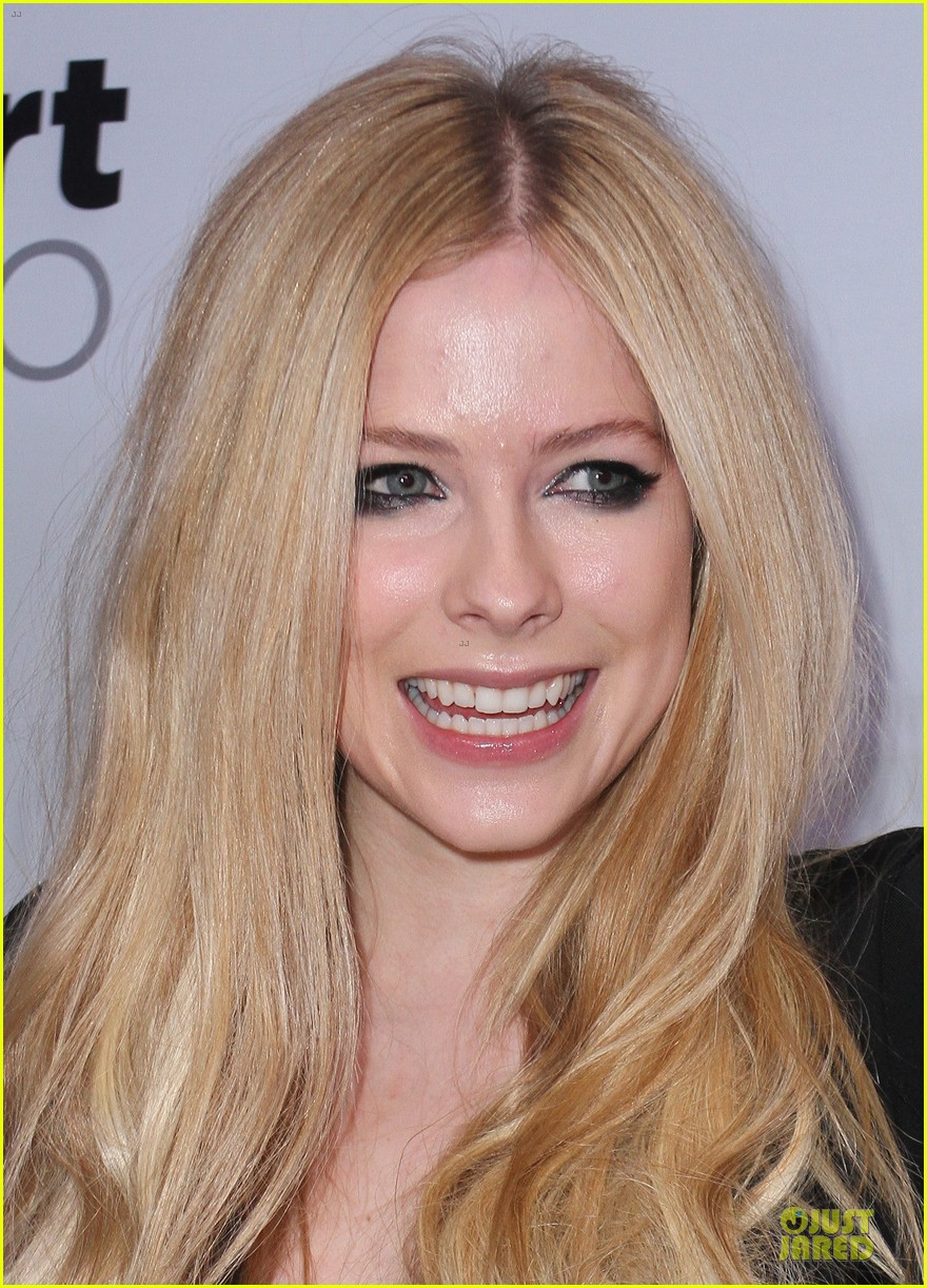 avril lavigne chad kroeger y100 jingle ball 2013 pair 193015643