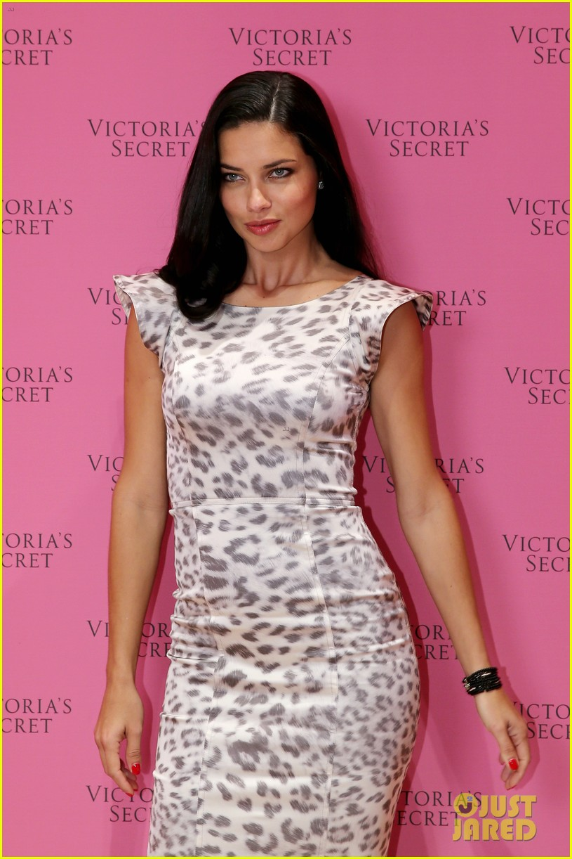 adriana lima launches victorias secret fantasy bra in dubai 133012880