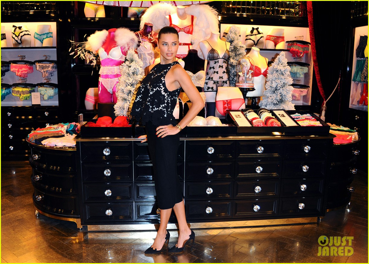 adriana lima victorias secret bond street store photo call 13