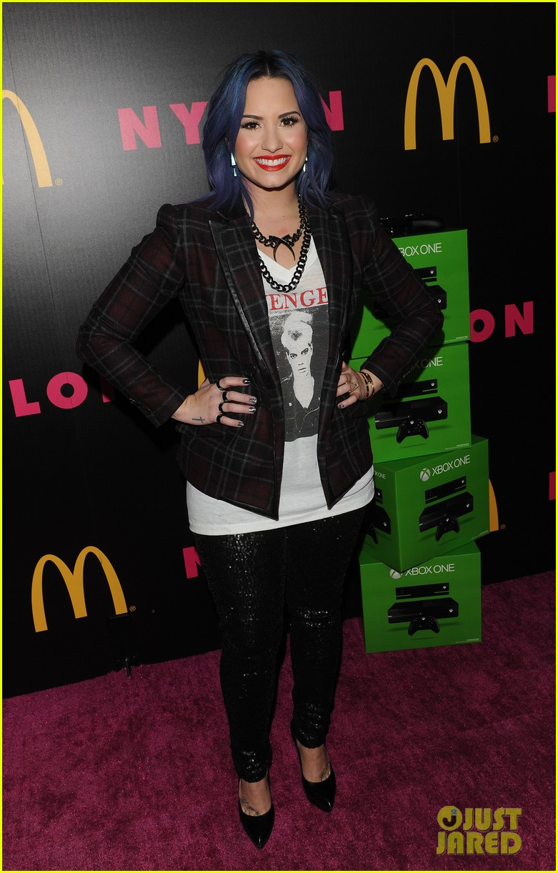 demi lovato mustachioed joe jonas nylon magazine party 09
