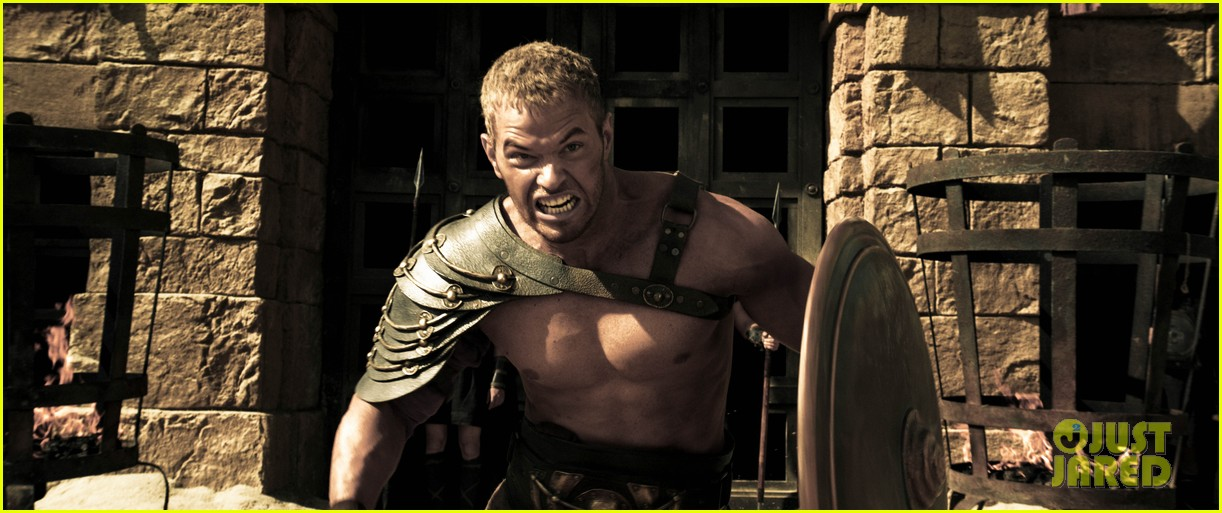 kellan lutz is shirtless sexy for new legends of hercules trailer 04